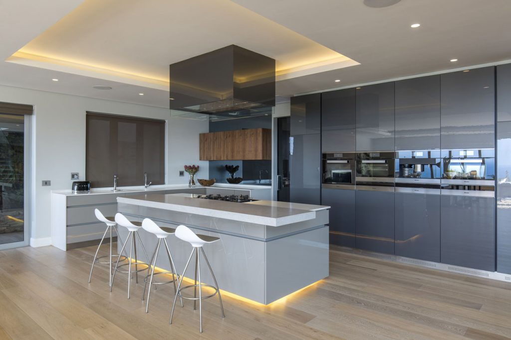 Clamshell_Caesarstone_best_Kitchen_island_trend