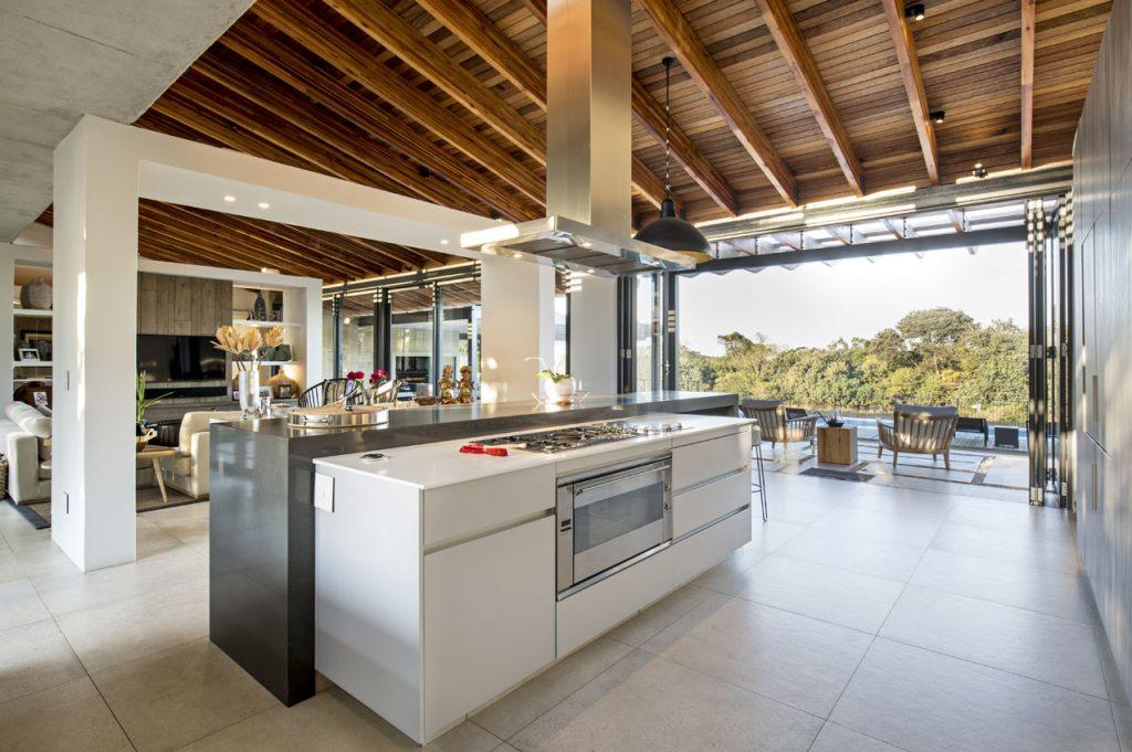 Piatra_Grey_Caesarstone_best_Kitchen_island_trend