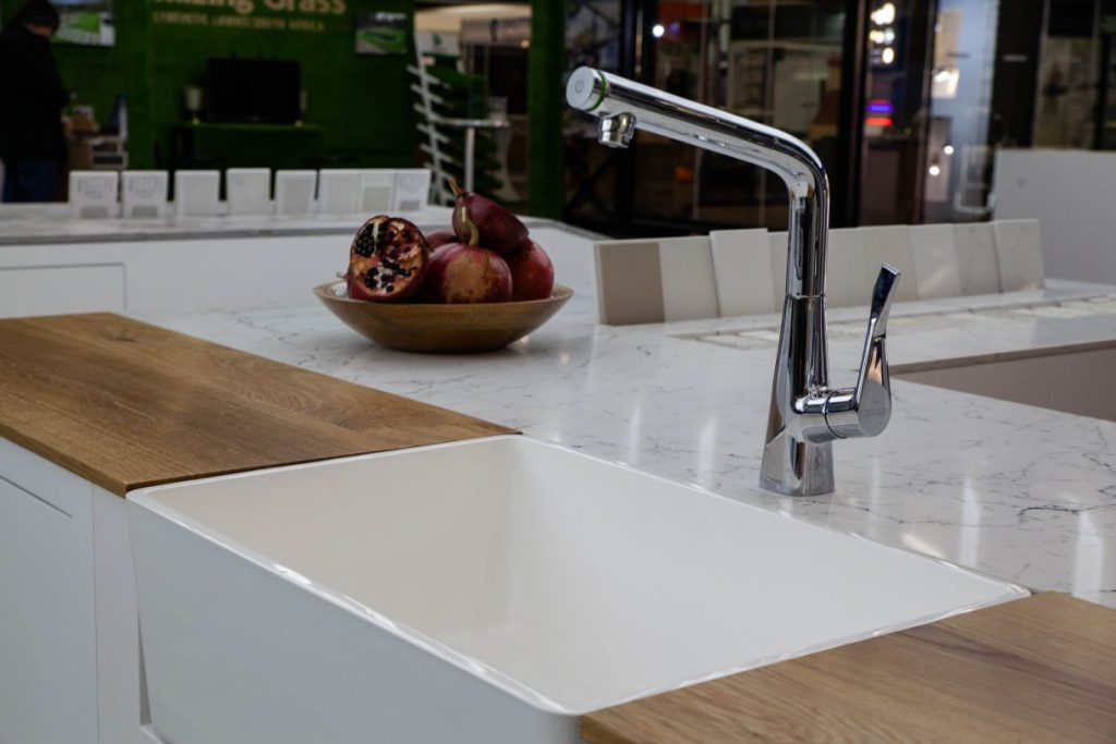 best_design_caesarstone_decorex_2019_white_attica